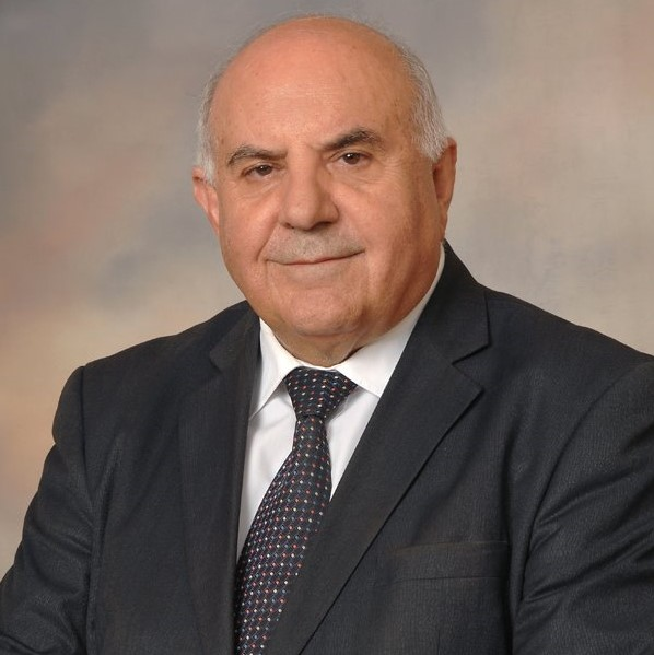 Dr. Kyriakos Veresies (Consultant)